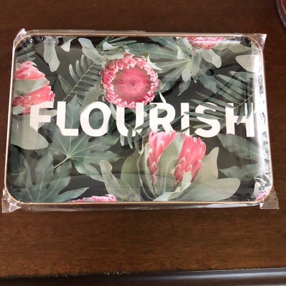 studio oh! Other - New Flourish metal tray